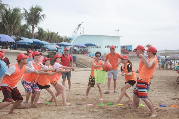 team building biển hồ cốc
